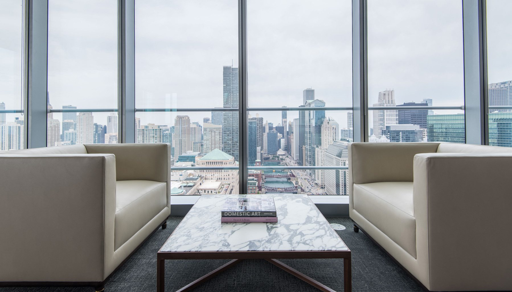 Wolf Point Chicago Downtown Apartment